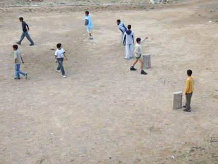 niños-jugando-en-For Cohin-India